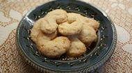 Viennese Kupferlin ~ Almond Crescent Cookies