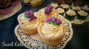 Jumbo Lemon Cupcakes