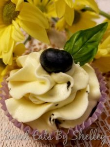 blueberry basil cupcake