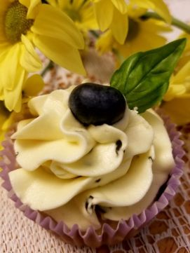 blueberry basil cupcakes