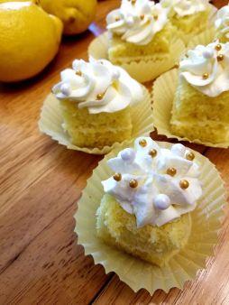 Lemon cake with lemon buttercream frosting