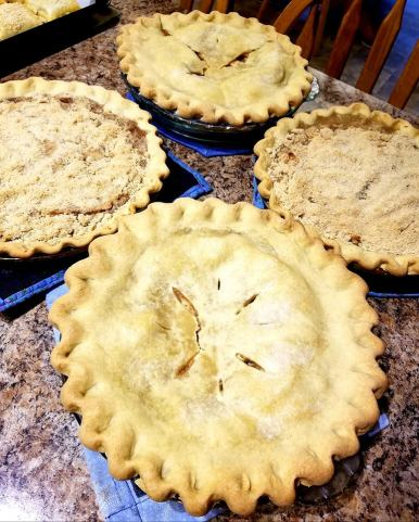 Traditional & Crumb Topped Apple Pies