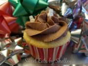 Vanilla Cupcakes with Chocolate Mint Buttercream frosting